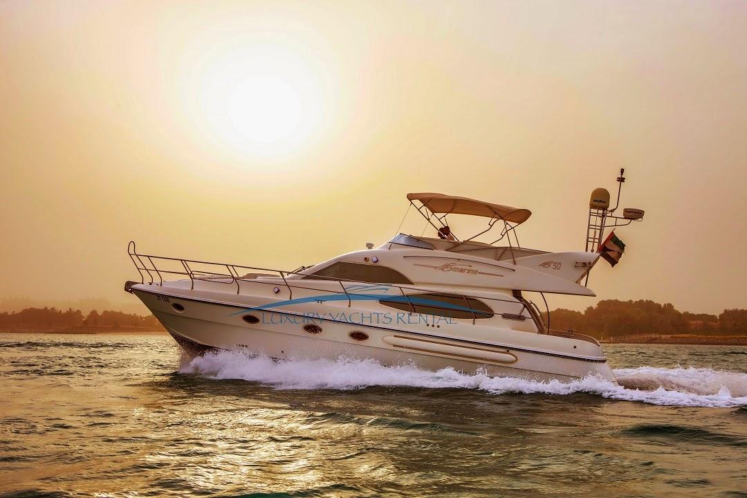 رحلة بحرية في دبي