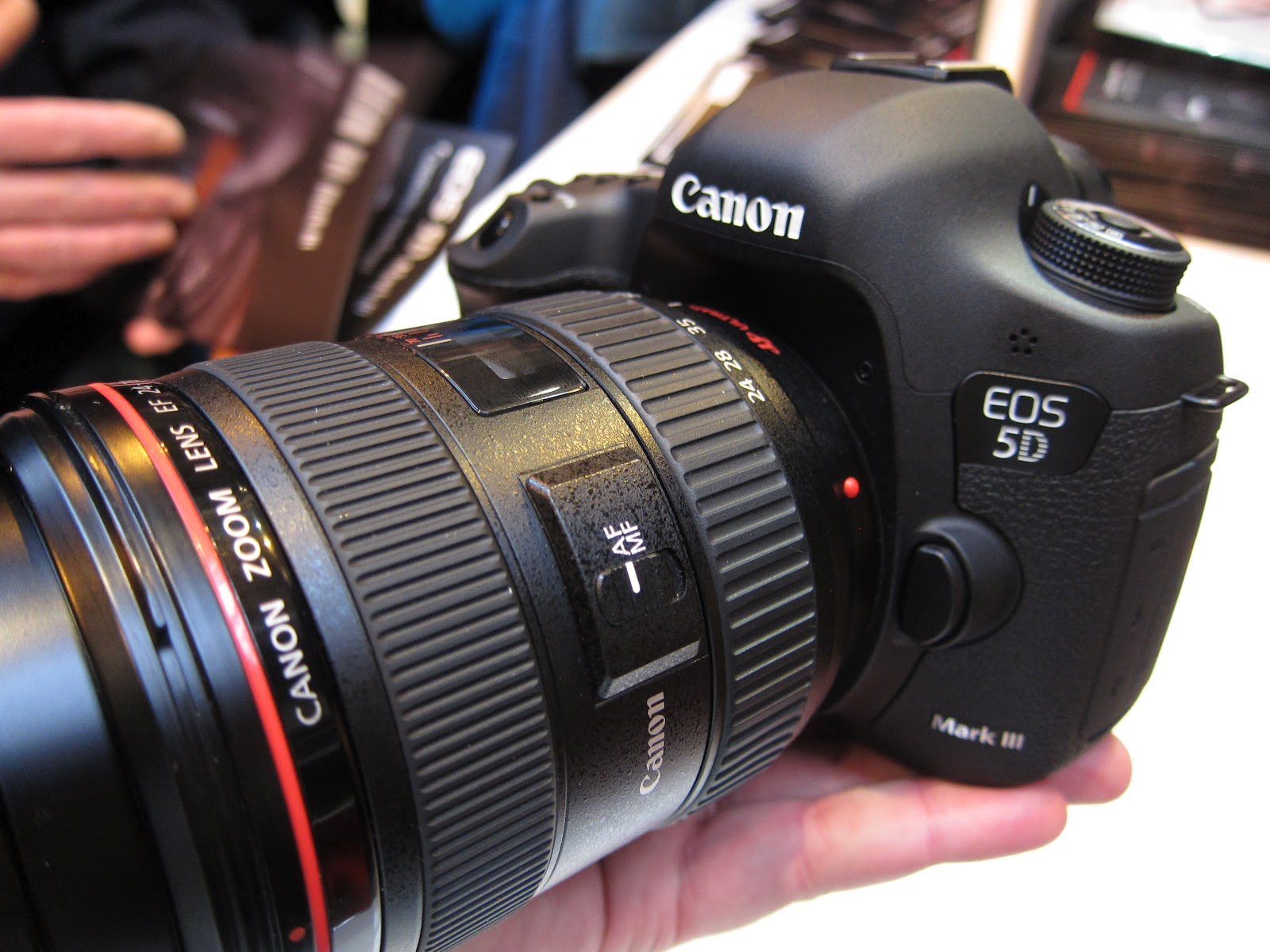 Harga Terbaru Canon EOS 5D Mark III