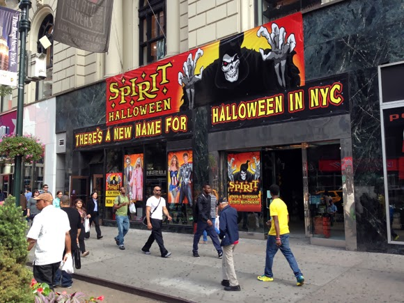 Fashion Herald: Spirit Halloween on 34th Street