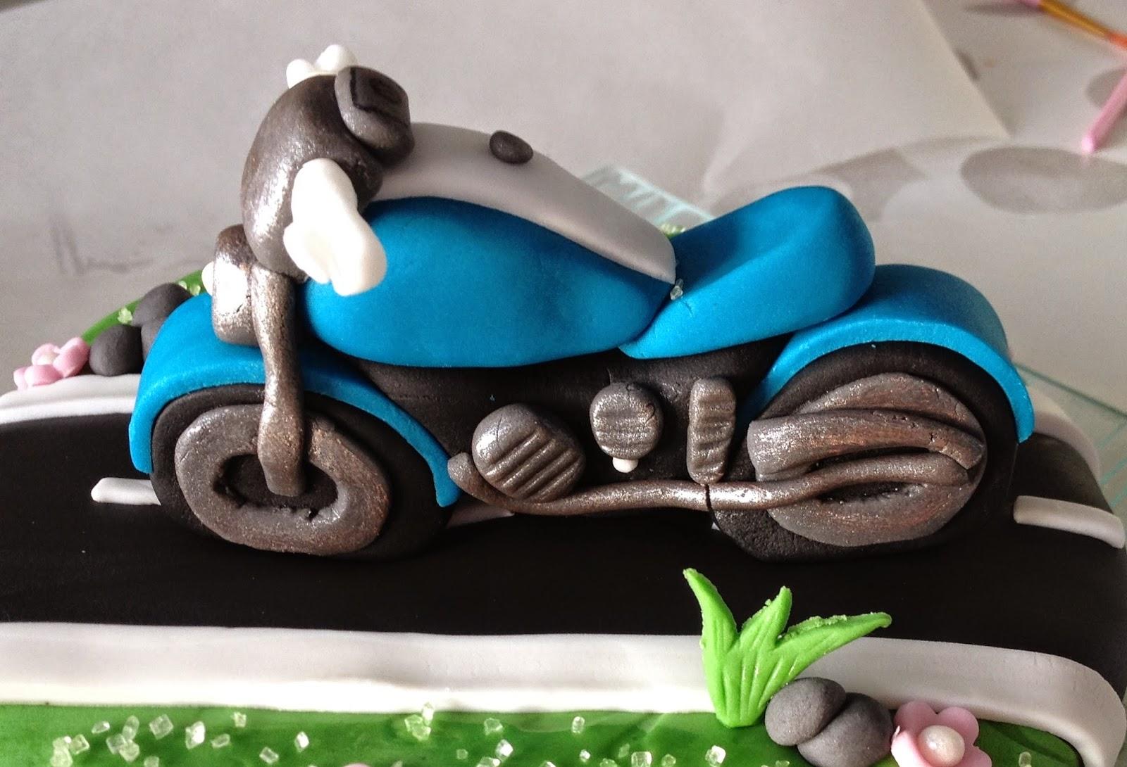 Extrêmement D'Emi-ettes de Bonheur: Gâteau Moto EN33