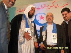 Om Zied - Béchir Ben Hassen a sorti une Fatwa interdisant le peuple de s'insurger contre Ben Ali