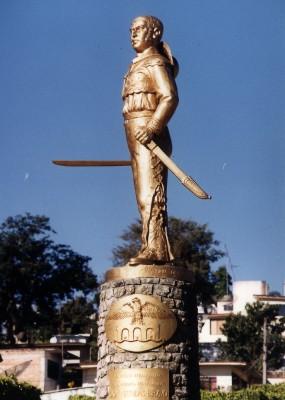 Monumento de Nicolás Bravo Rueda