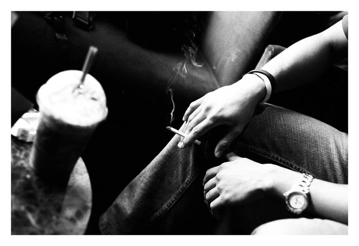 вся жизнь - лишь дым от сигарет