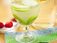 Água de Coco com Kiwi e Maçã Verde (vegana)