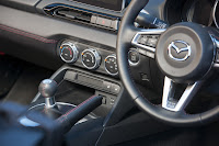 2016-Mazda-MX-5-90.jpg