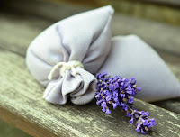 How to make a no-sew lavender sachet