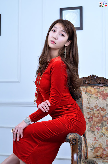 Go Jung Ah in Hot Red Dress