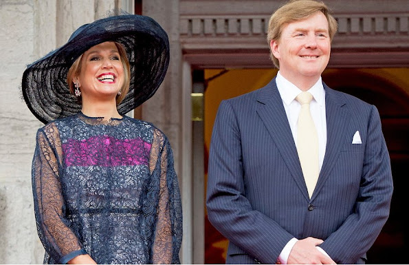 Queen Maxima Style Dress, Pumps, Clutch Bag, Jeweler, Earrings