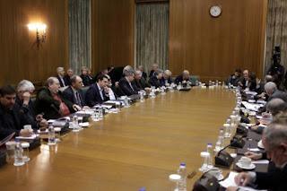 Ανασχηματισμός: Τα πρώτα ονόματα υπουργών με κίτρινες κάρτες