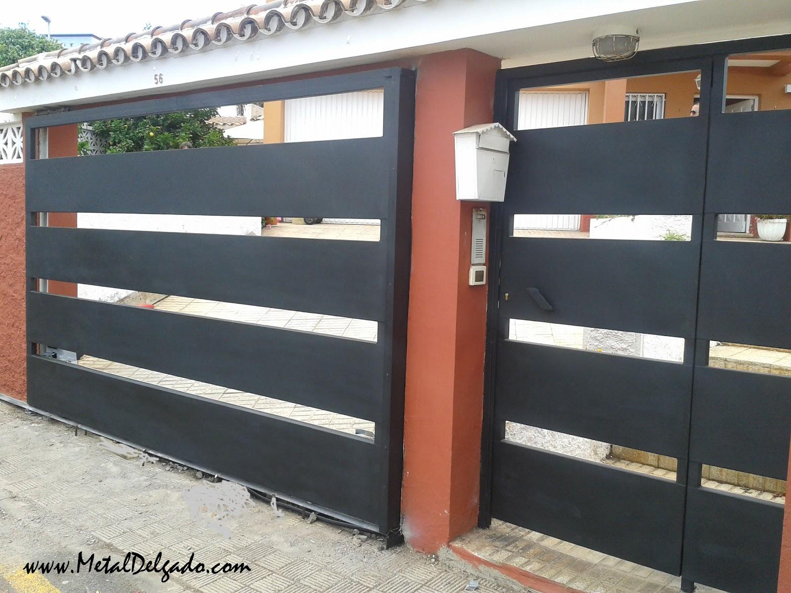 Acero inoxidable tenerife puertas corredera met licas for Puertas corredizas de metal