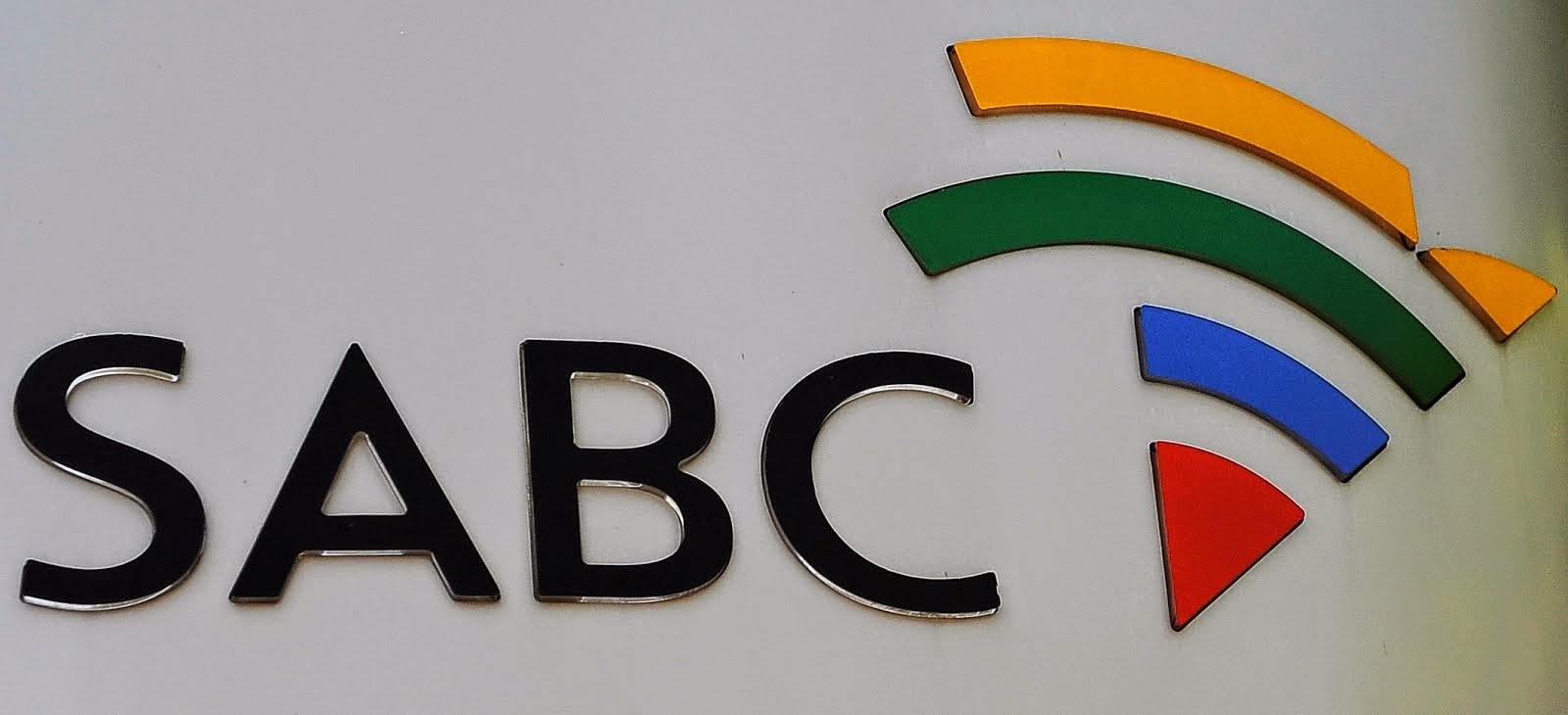 SABC SUSPENDS ITS OWN TECH BOSS AFTER HIS SHOCKING REPORT ON SABC'S CRUMBLING INFRASTRUCTURE