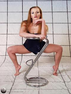 Hot ladies - rs-pb272164-721744.jpg