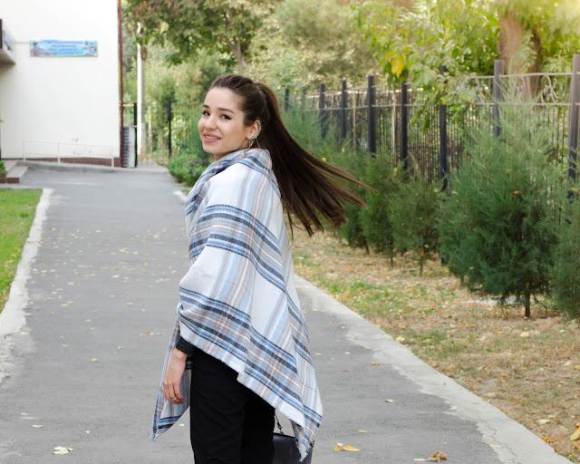 diyorasnotes_fashion blogger_oversized scarf Asos_grey bag_pants_Asos