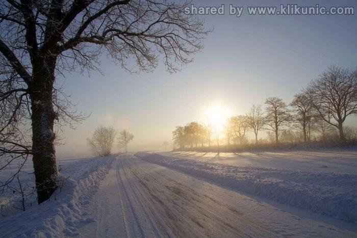 http://2.bp.blogspot.com/-gE5chOX1MbY/TX1k-CFeEdI/AAAAAAAARIY/g7nYyNwtcH8/s1600/winter_63.jpg