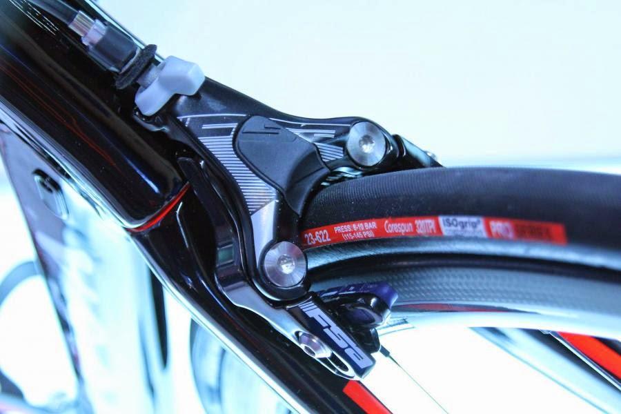 Carbon Tt Bike Frame Pinarello Slides Out New Bolide Tt
