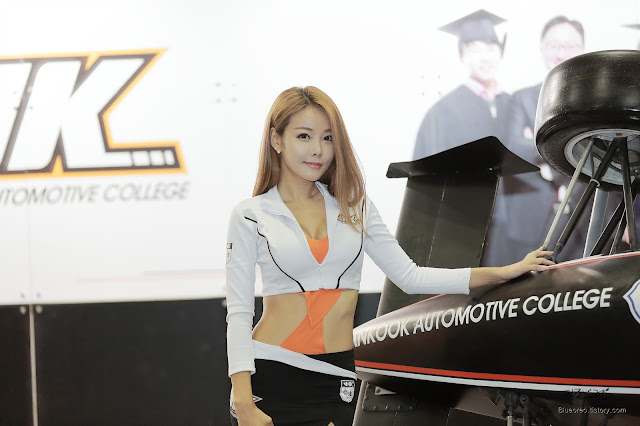 1 Lee Da Hee - Automotive Week 2015 - very cute asian girl-girlcute4u.blogspot.com