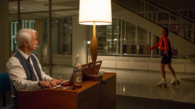 mad-men-critica-review-7x12-lost-horizon-peggy-patinando