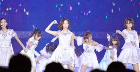 penampilan-pada-debut-single-akb48-yang-ke-40-bokutachi-wa-tatakawanai-di-ssa-01