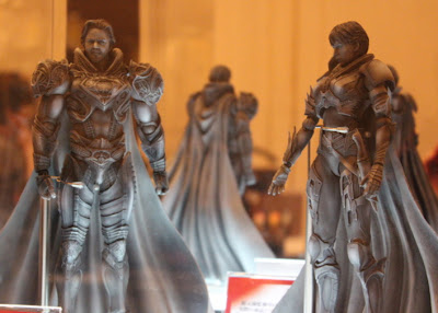 Play Arts Kai Man of Steel Jor-El and Faora Figures
