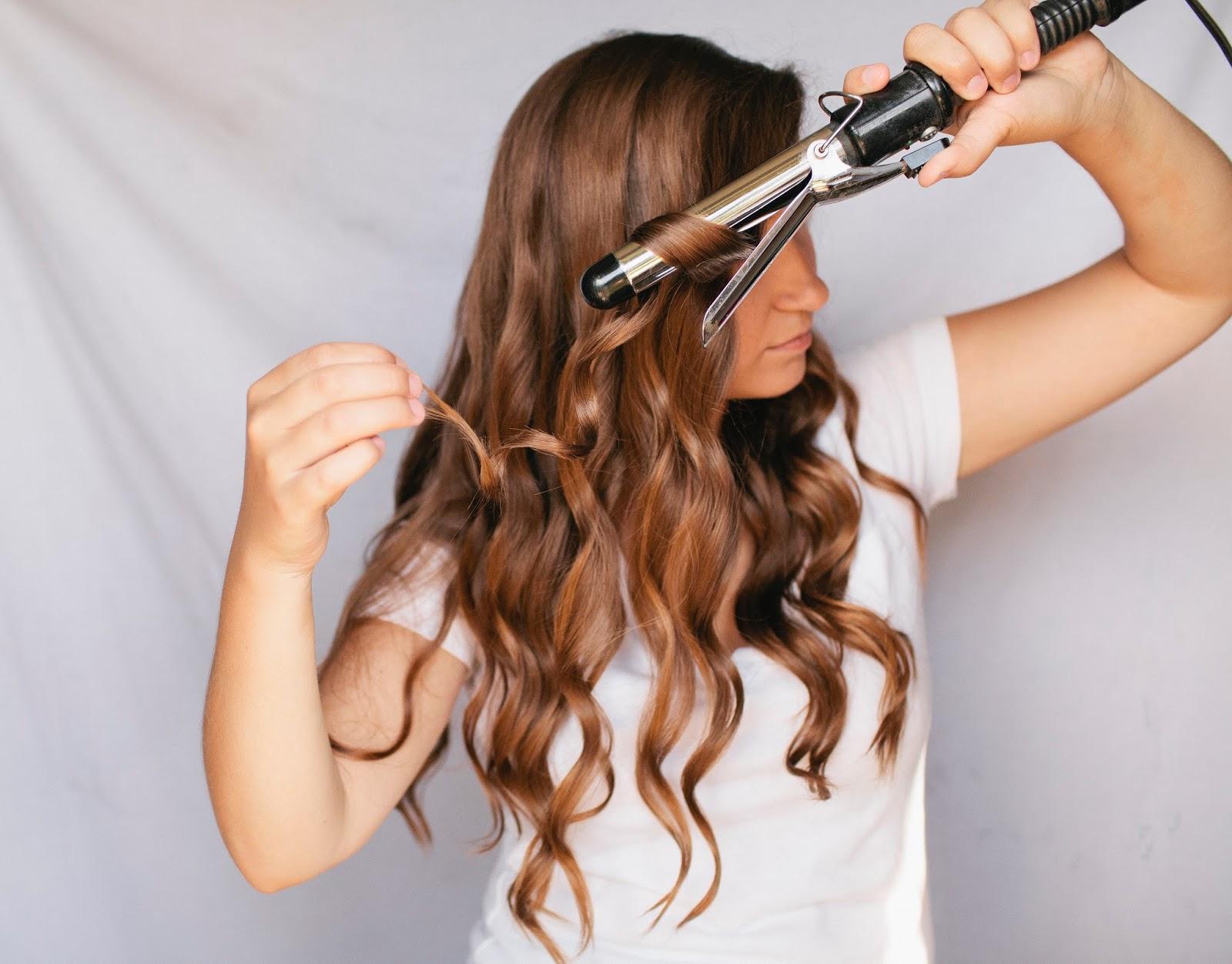 8 способов: как накрутить волосы без бигуди и плойки 93