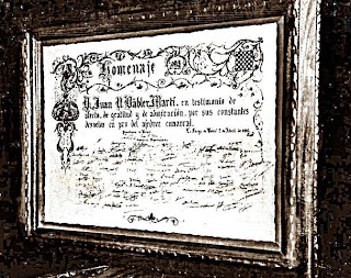Foto del pergamino entregado a Juan Bäbler