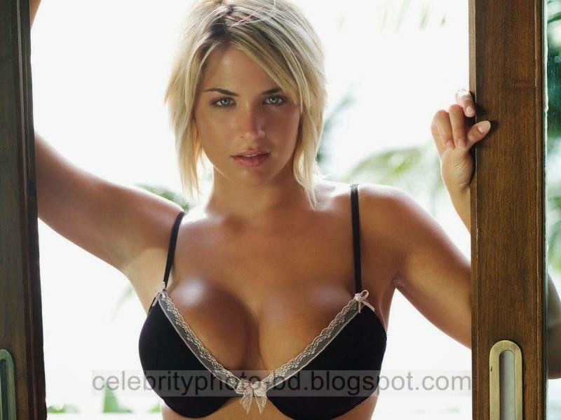 Gemma+Atkinson+Latest+Hot+Photos+With+Short+Biography005