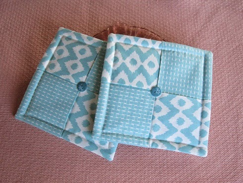 Miss Abigail\'s Hope Chest: Tutorial: Folded Fabric Hot Pads