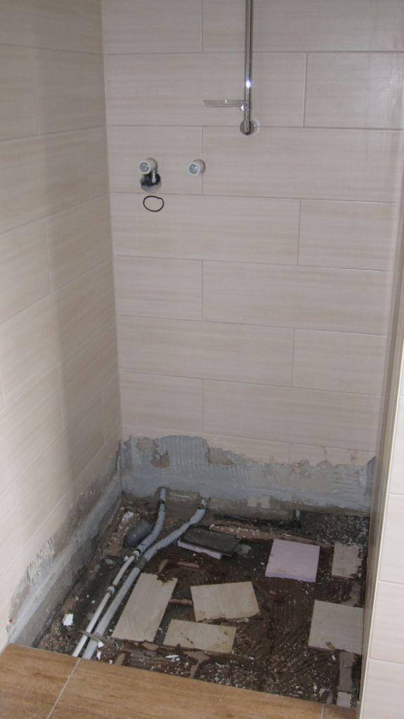 abenteuer traumhaus heute mal mit fotos wasserschaden. Black Bedroom Furniture Sets. Home Design Ideas
