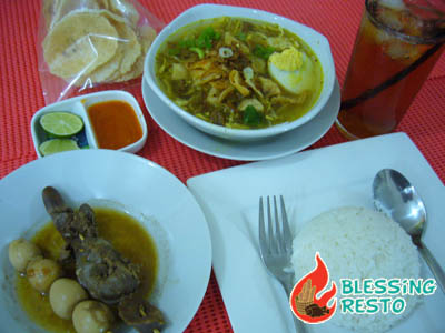 kriskros treat your friends at blessing resto to great