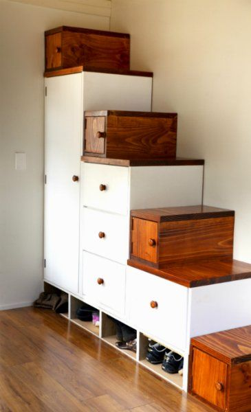 Tom and Bexs Tiny Nest Storage solutions in a tiny house
