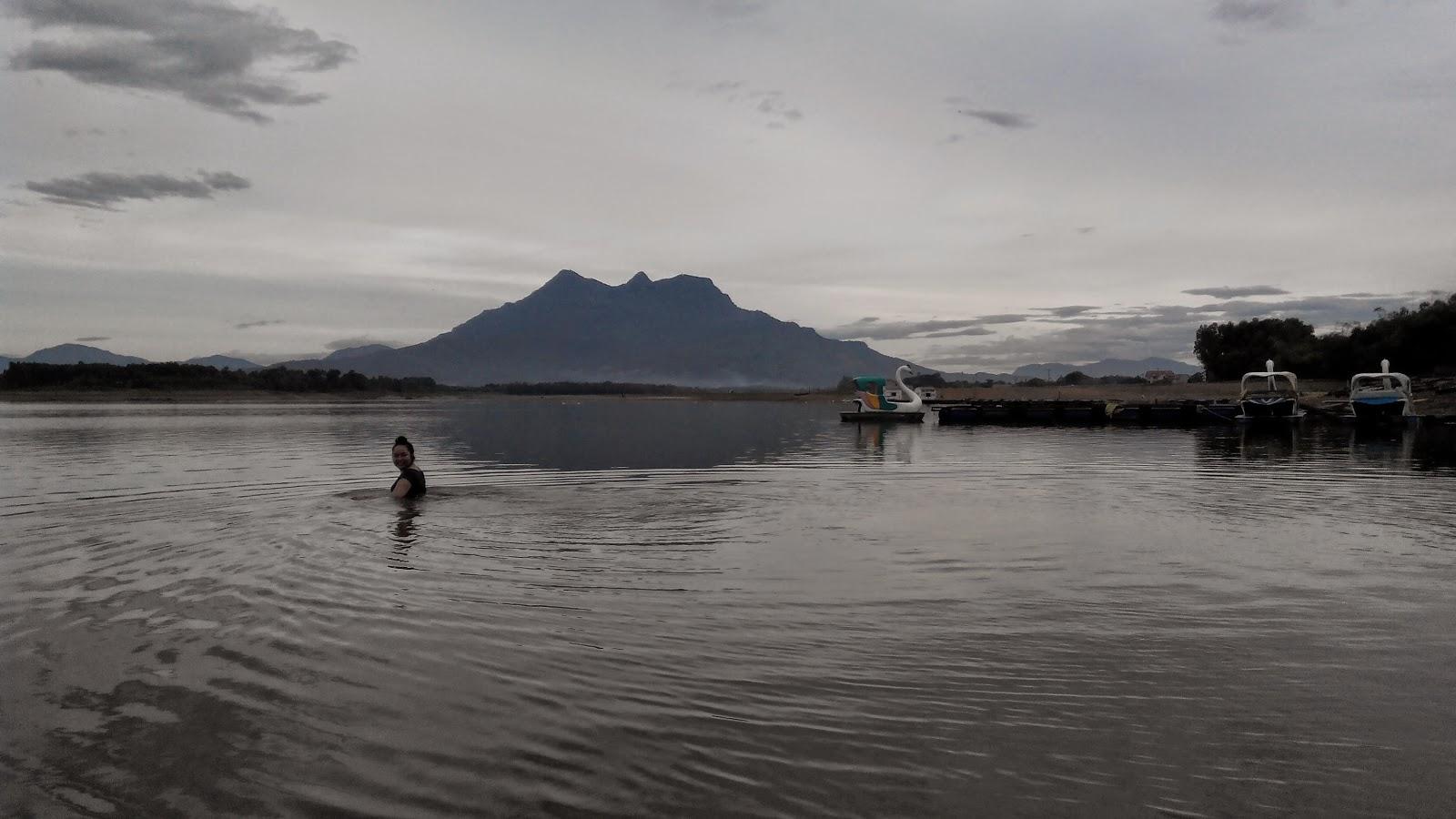 Khu du lịch hồ Suối Hai