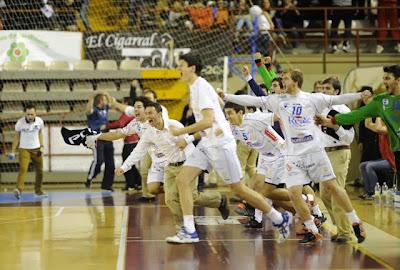 Ademar avanza en la Copa EHF con un gol sobre la hora | Mundo Handball