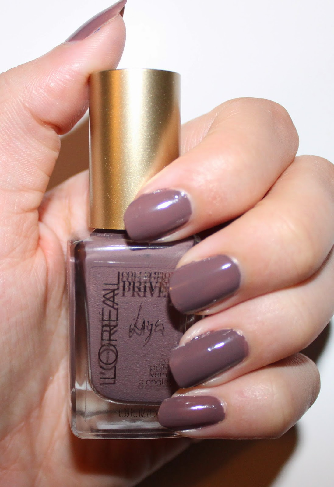 L'Oréal Collection Privée Exclusive Nudes Nail Polishes Liya