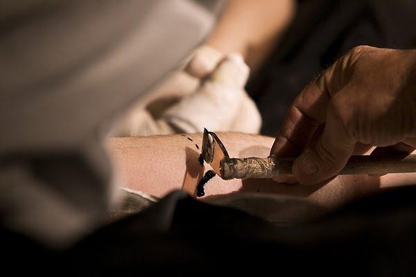 http://2.bp.blogspot.com/-gGE3NQxipPM/Tc4QiOfdneI/AAAAAAACHtI/P9sZndyJGoI/s1600/tattoo_tools_04.jpg