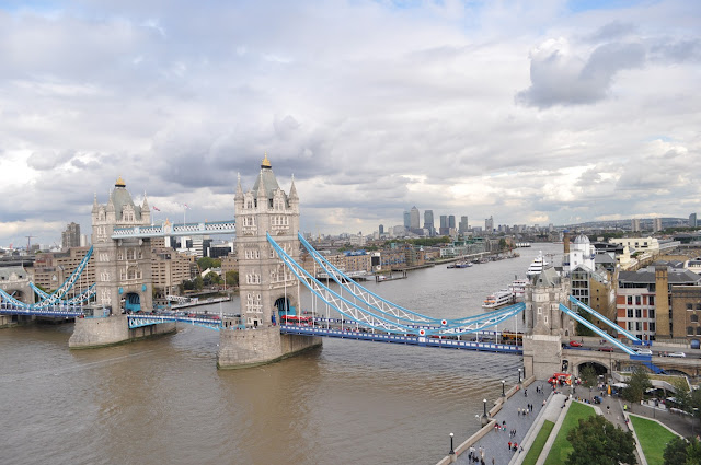 Best+spots+for+Queen+Diamond+Jubilee+Thames+Pageant