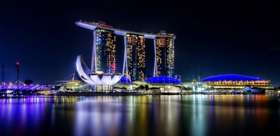 مارينا باي ساندز، وسنغافورة