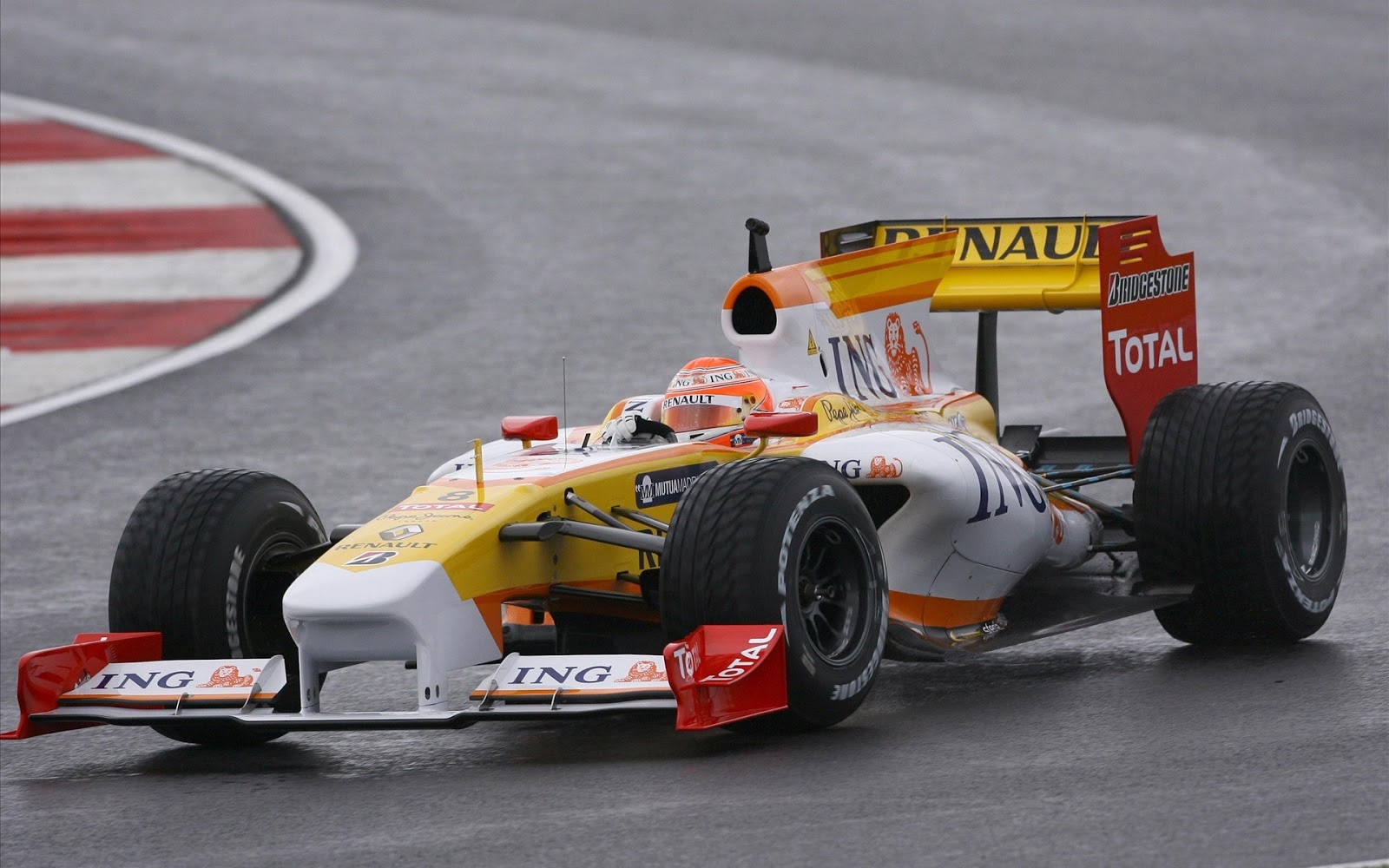 http://2.bp.blogspot.com/-gGaedmwHYgo/UKFGNukEwWI/AAAAAAAAC5E/1tqtafFzcQk/s1600/2012-11-12-Formula-One-Wallpapers-02-(carwalls.blogspot.com).jpg