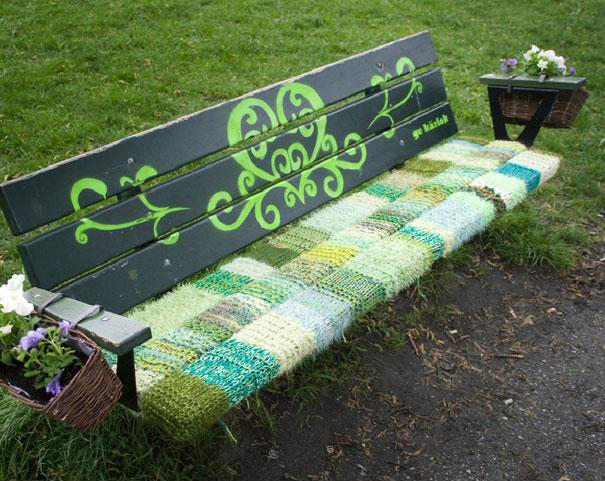 yarn bombing bench - photo #7