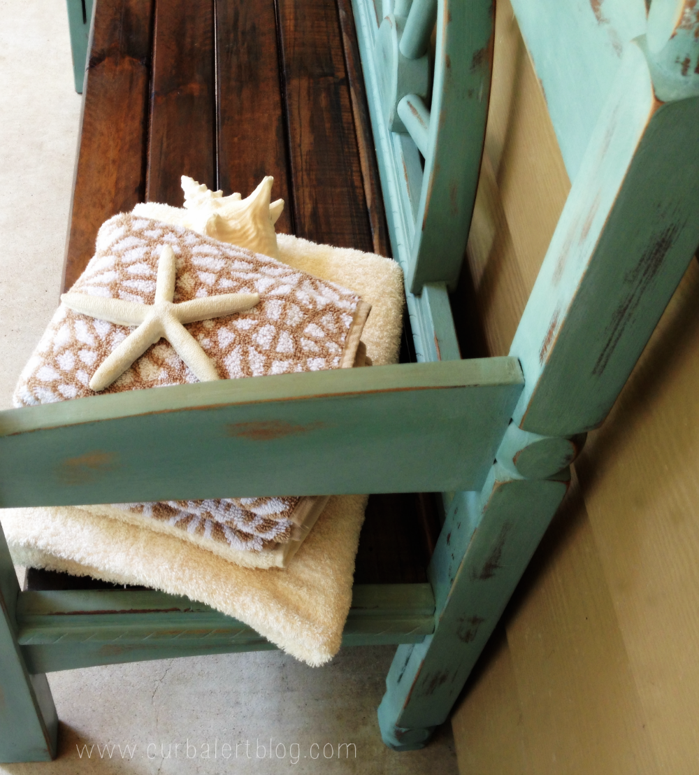 Nautical Beachy Headboard Bench Makeover with Annie Sloan Chalk Paint and Minwax Stain via Curb Alert! http://www.curbalertblog.com