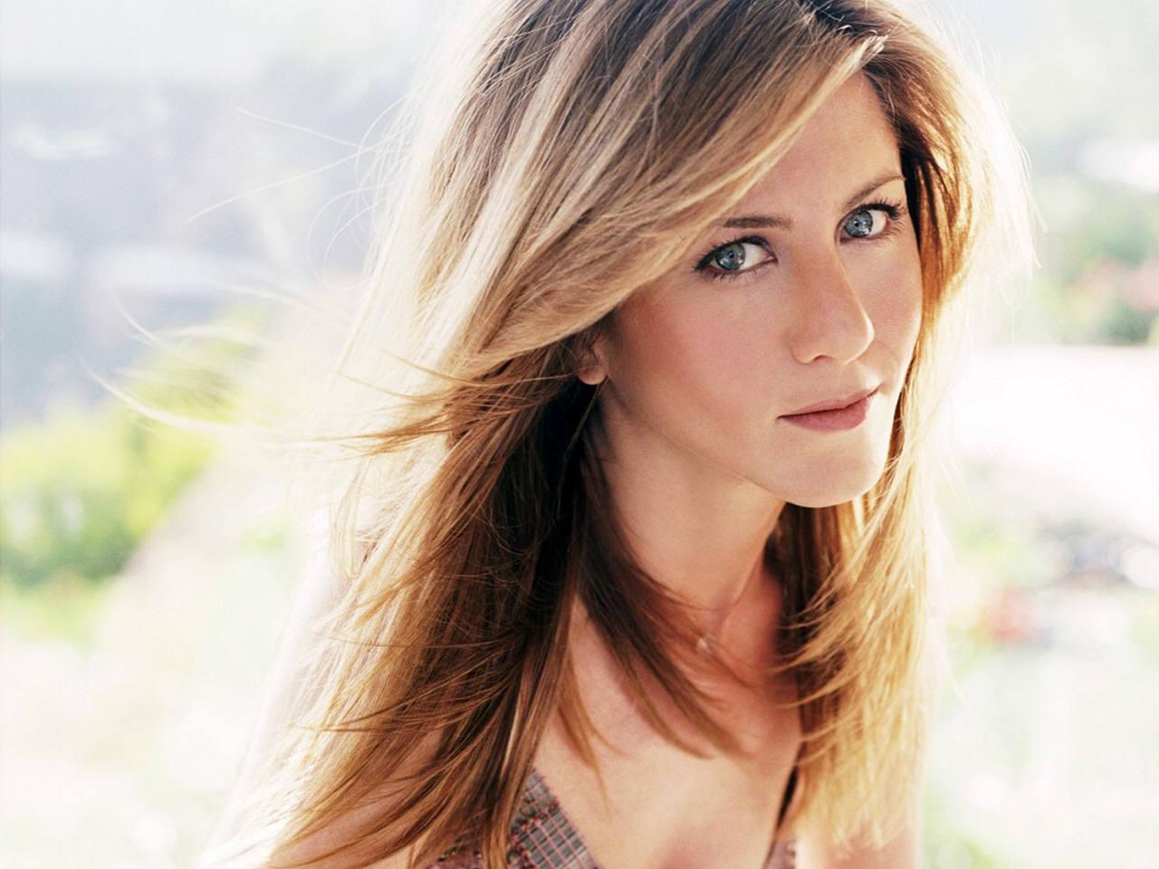 Jennifer Aniston Hairstyles My Celebrity Trends Center