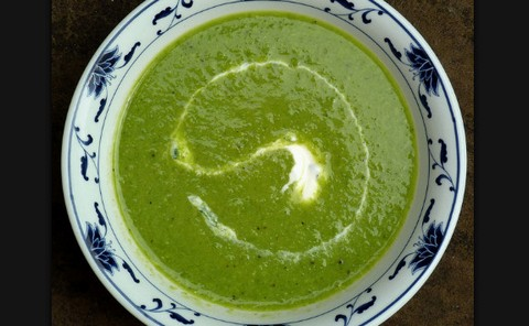 Flavorful pea and cilantro soup bowl