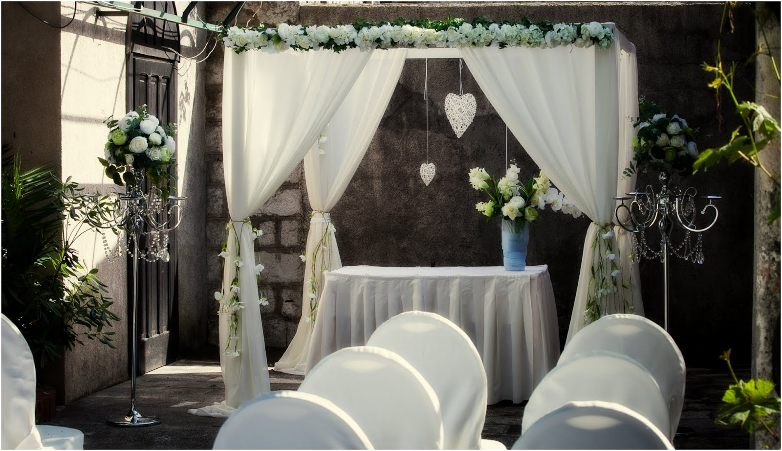 White wedding pergola, Dubrovnik