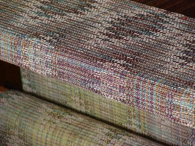 Handweaving babywrap with tussah silk, hemp and cotton / Ręczne tkanie chusty do noszenia dziecka z ramie, jedwabiu tussah i bawełny
