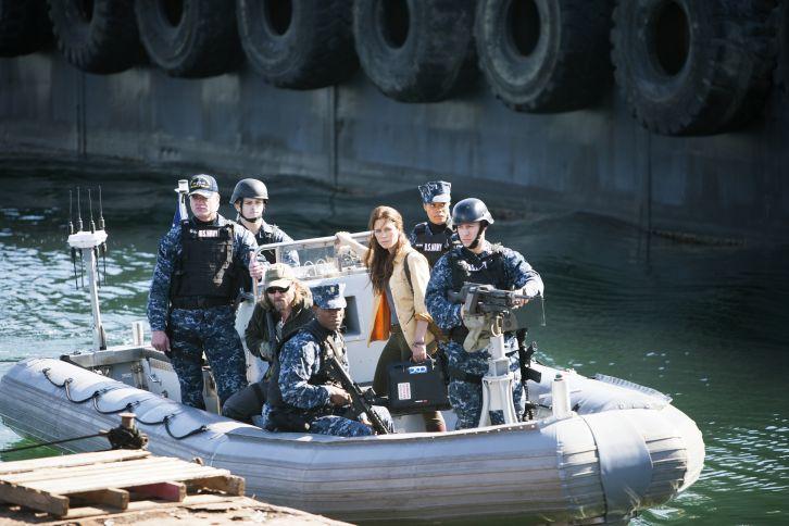 The Last Ship - Episode 1.10 - No Place Like Home (Season Finale) - Promotional Photos