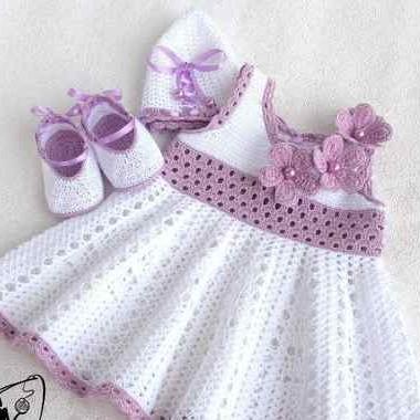 Ni o en casa hermosos vestidos para ni as tejidos a crochet - Baules para ropa ...
