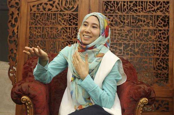 Soalan Panas Anak Perempuan Anwar Buat PM Najib!