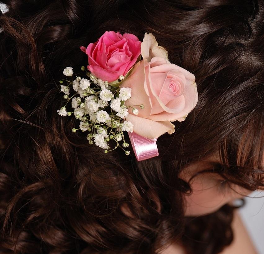 Заколка для волос из искусственных цветов