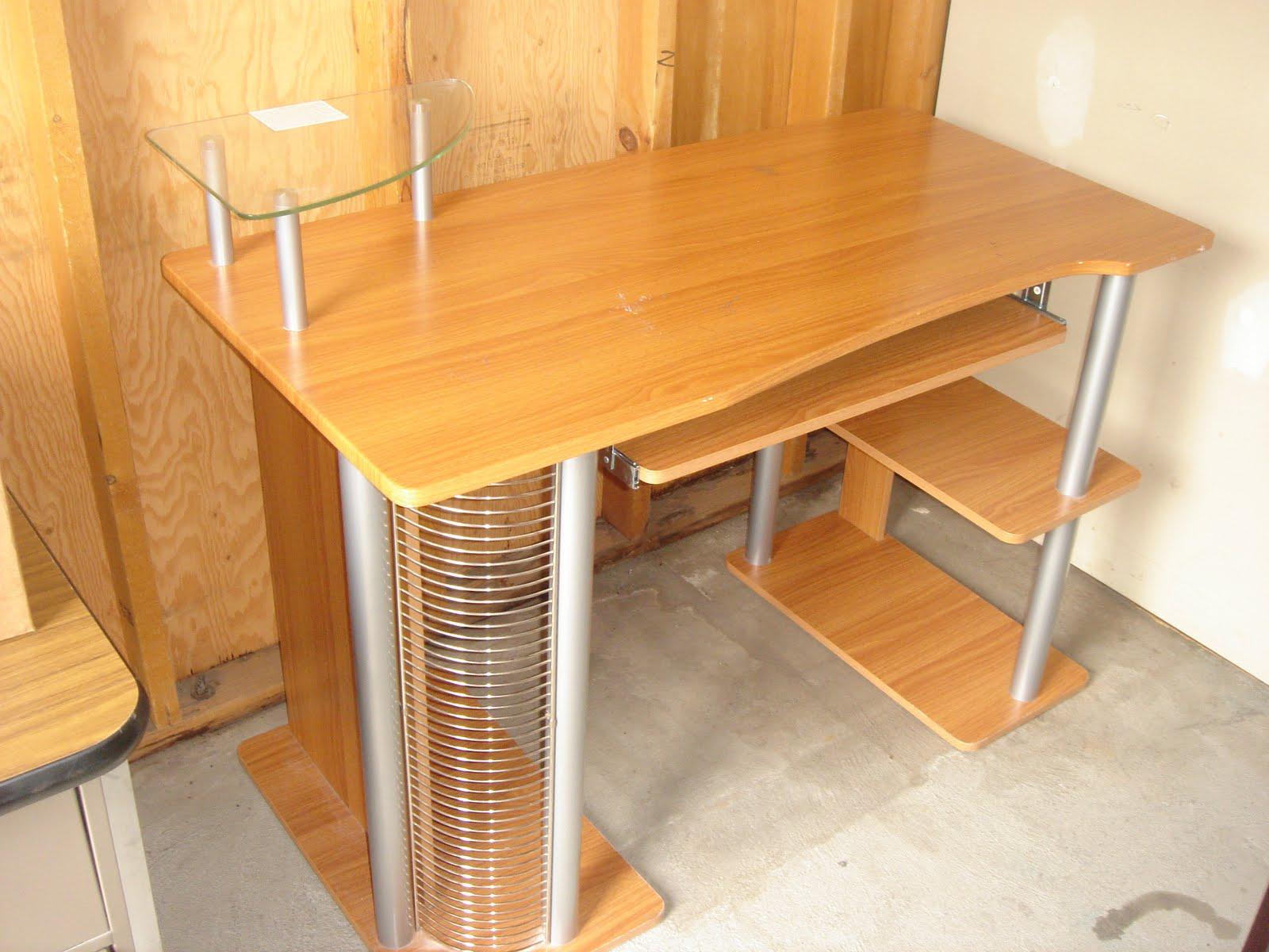Online Yard Sale Computer Desk Cd Holder Glass Station 35 Rh  Craigslisttreasures Blogspot Com CD Storage