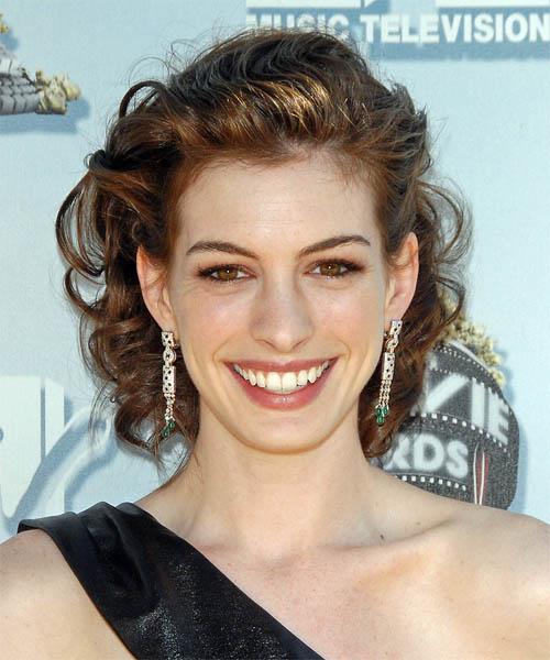 Anne Hathaway Long Bob: Trends Hairstyle Haircuts 2013: Anne Hathaway Choppy