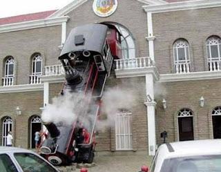 Comboio antigo foge do Museu